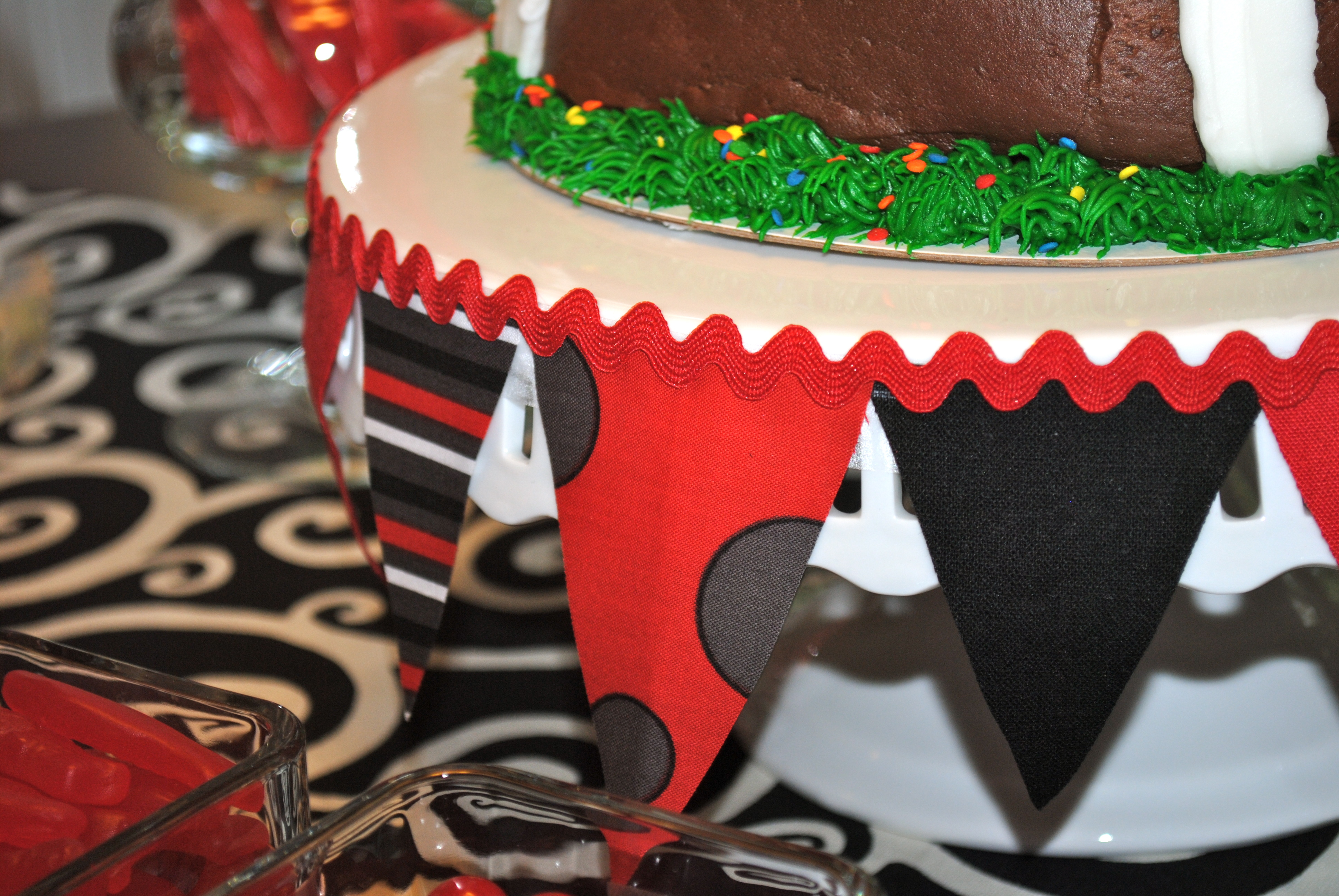 My Parties Uga Opening Game Dessert Table