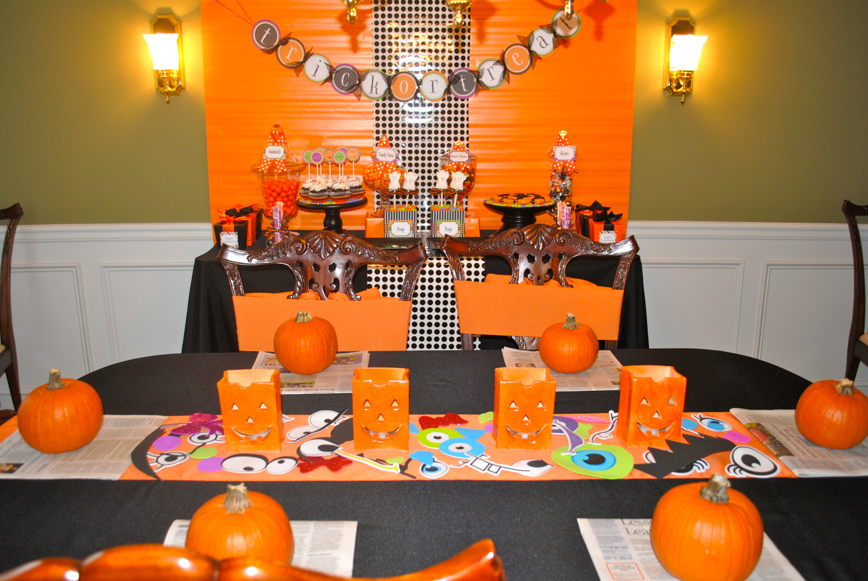 Halloween house decorating for kids